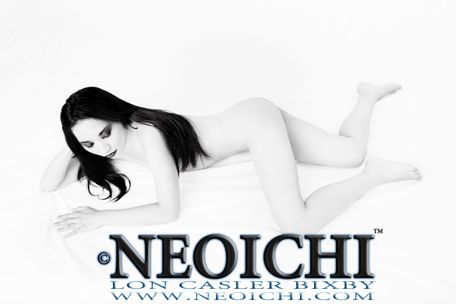 NEOICHI #156 - White Series No. 4 - Photography by Lon Casler Bixby - Copyright - All Rights Reserved - www.NEOICHI.com