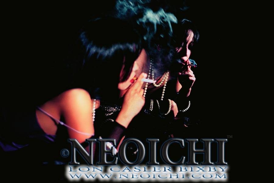 NEOICHI #166 - Smokin' Blues - Photography by Lon Casler Bixby - Copyright - All Rights Reserved - www.NEOICHI.com