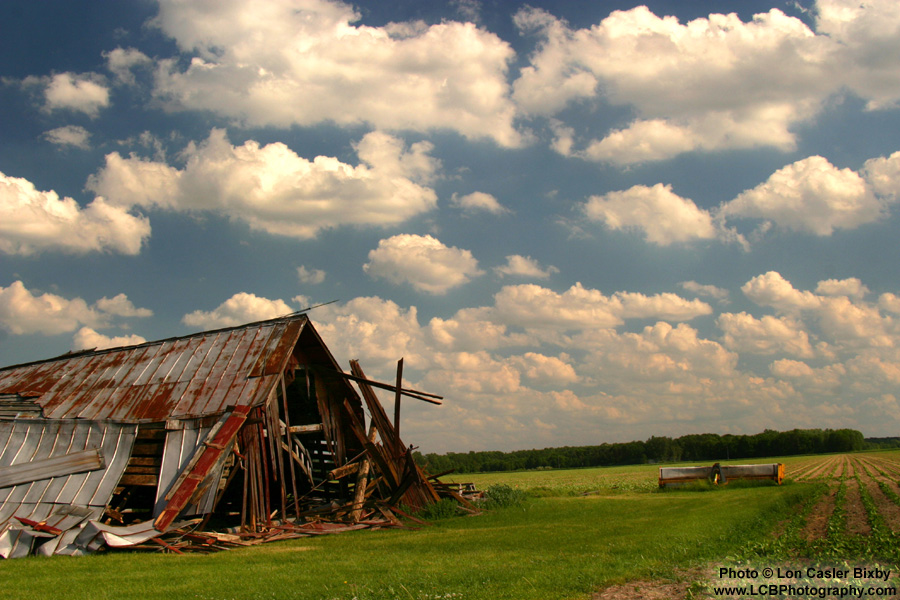 Grandma's Barn - Photography by Lon Casler Bixby - Copyright - All Rights Reserved - www.LCBPhotography.com